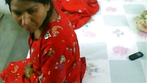 Pakistani lady Getting Licked And Fucked her hairy horny pussy... EXCLUSIVE