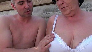 Mature moms getting face fucked outdoors