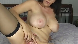 Kentucky bred charlee chase rubs clit and plugs her ass