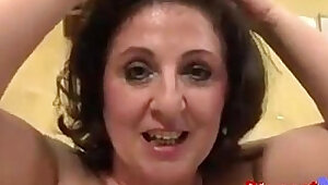 European MILF like double penetration